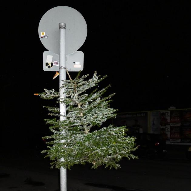 weihnachtsbaum berlin, kreuzberg 2013